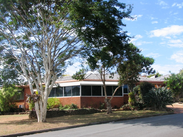 112 Pioneer Pde BANORA POINT