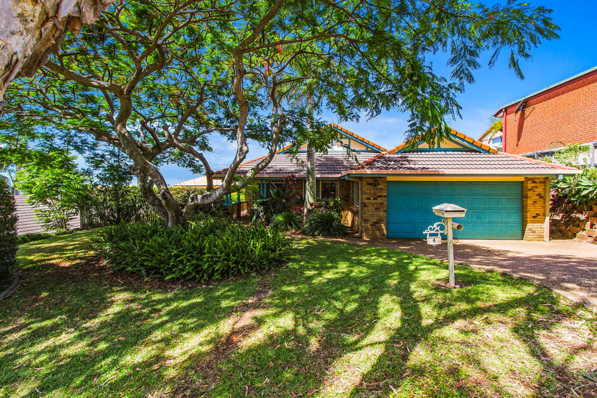 4 Tralee Drive Banora Point