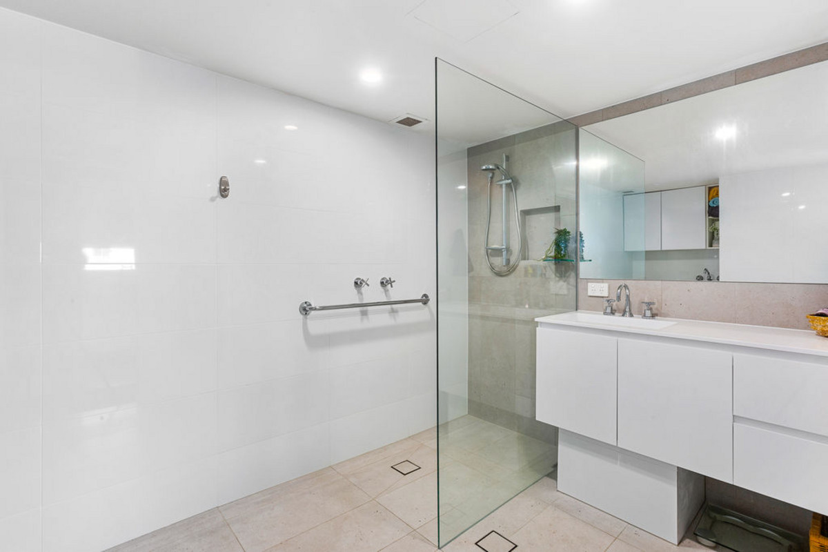 2/20 Endeavour Parade Tweed Heads