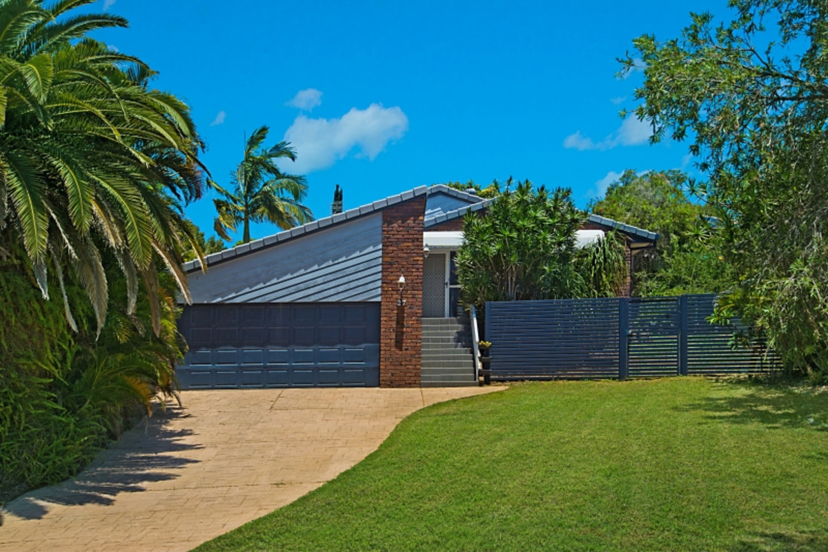 27 Amaroo Drive Banora Point