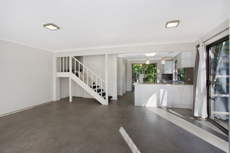 2/97 Old Ferry Road