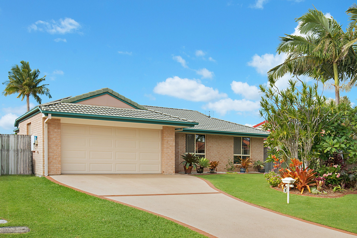 8 Foxhill Place Banora Point