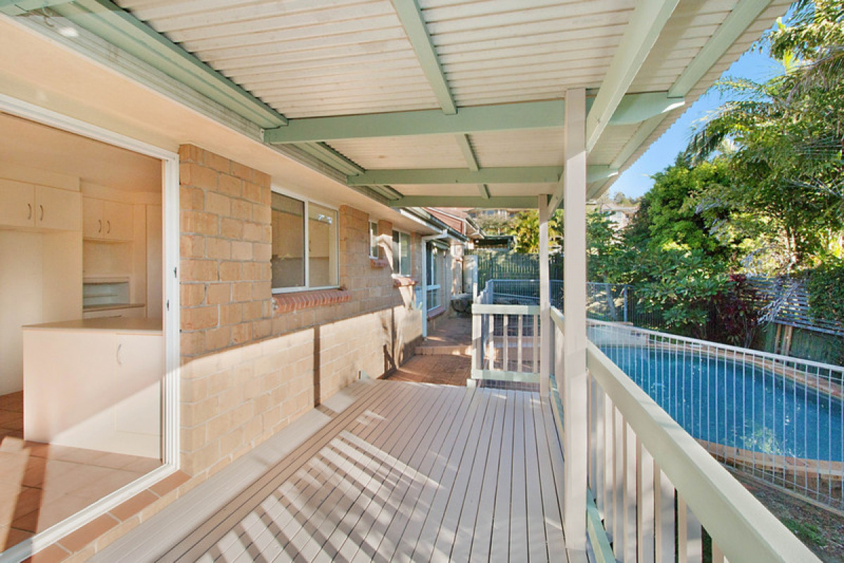 1/8 Lochlomond Drive Banora Point