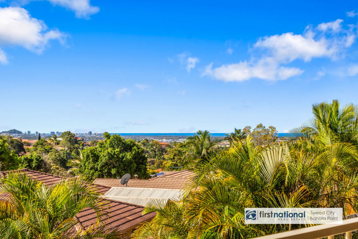21 Kintyre Crescent Banora Point