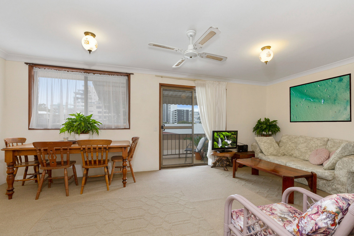 6/4 Pearl Street Tweed Heads