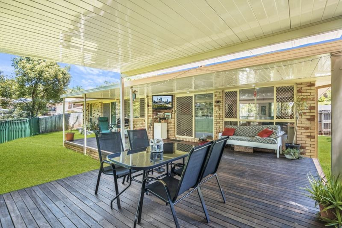 33 Glen Ayr Drive Banora Point