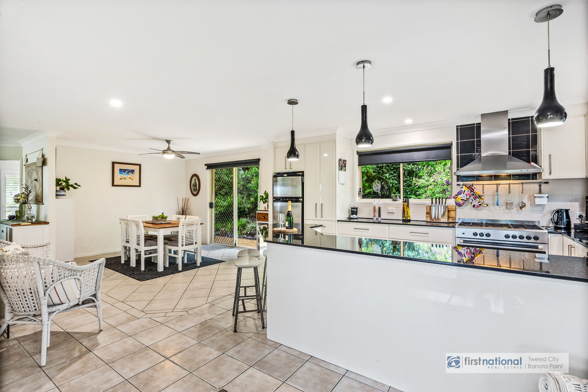 1 Golfview Court BANORA POINT