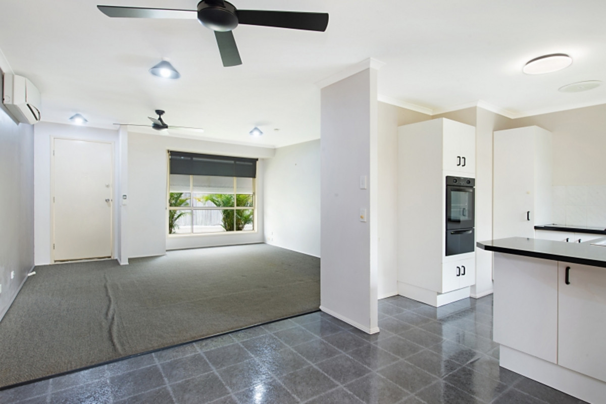 2/21 Covent Gardens Way Banora Point