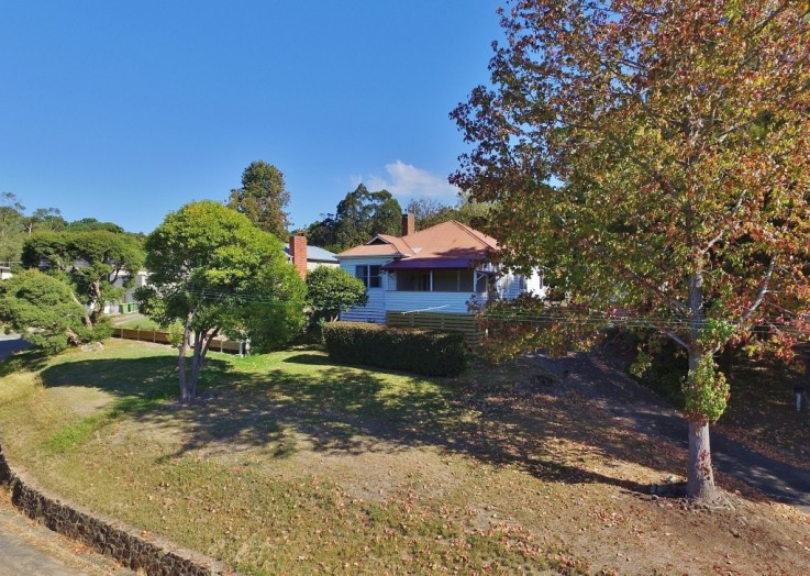 52 Badger Creek Road