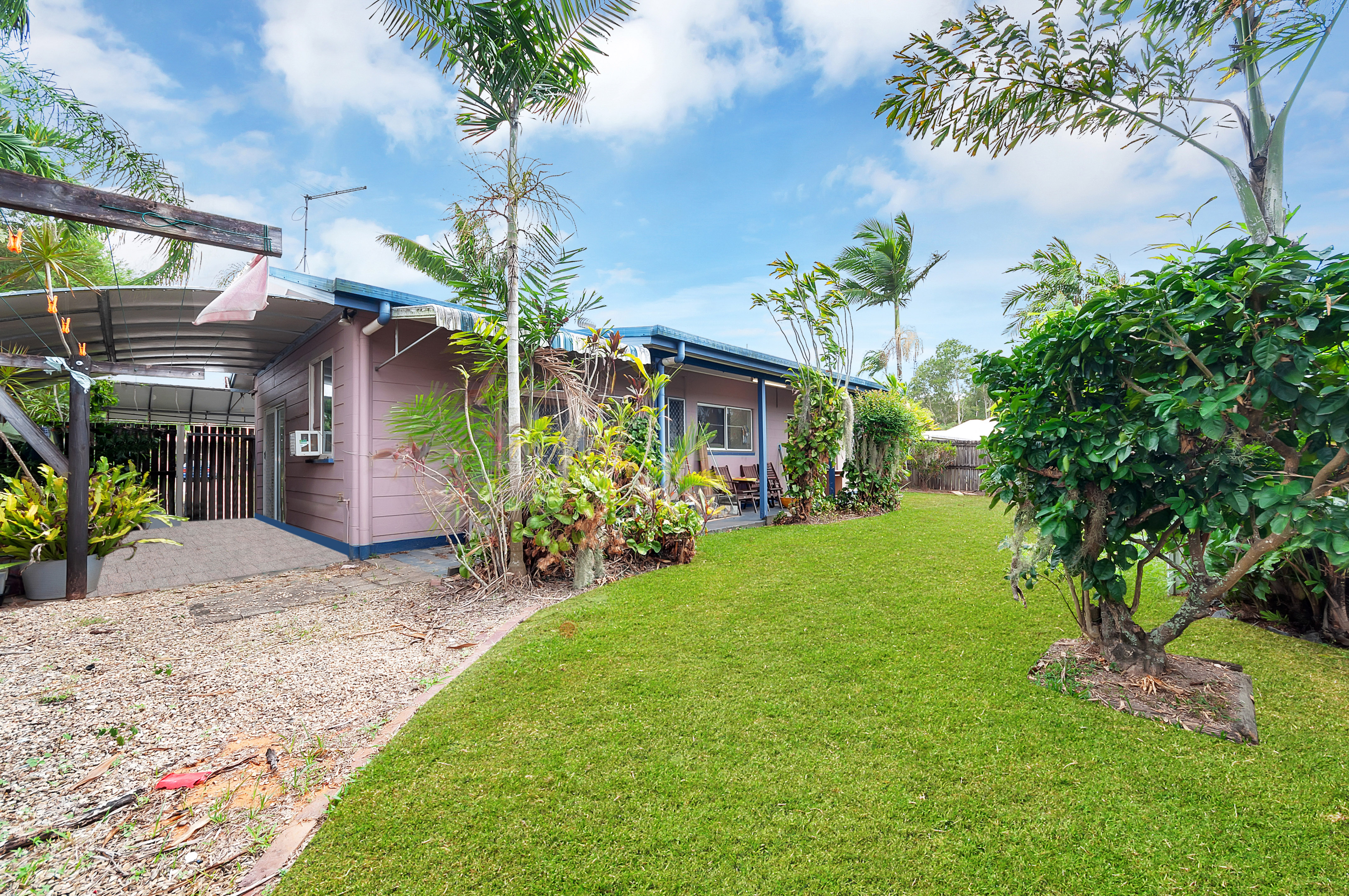 19 Cracknell Road WHITE ROCK