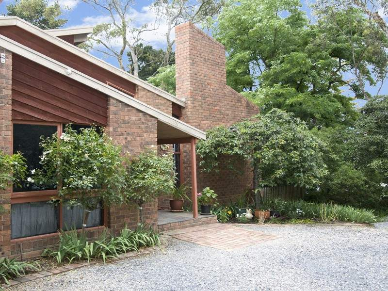 169 Research-Warrandyte Road WARRANDYTE