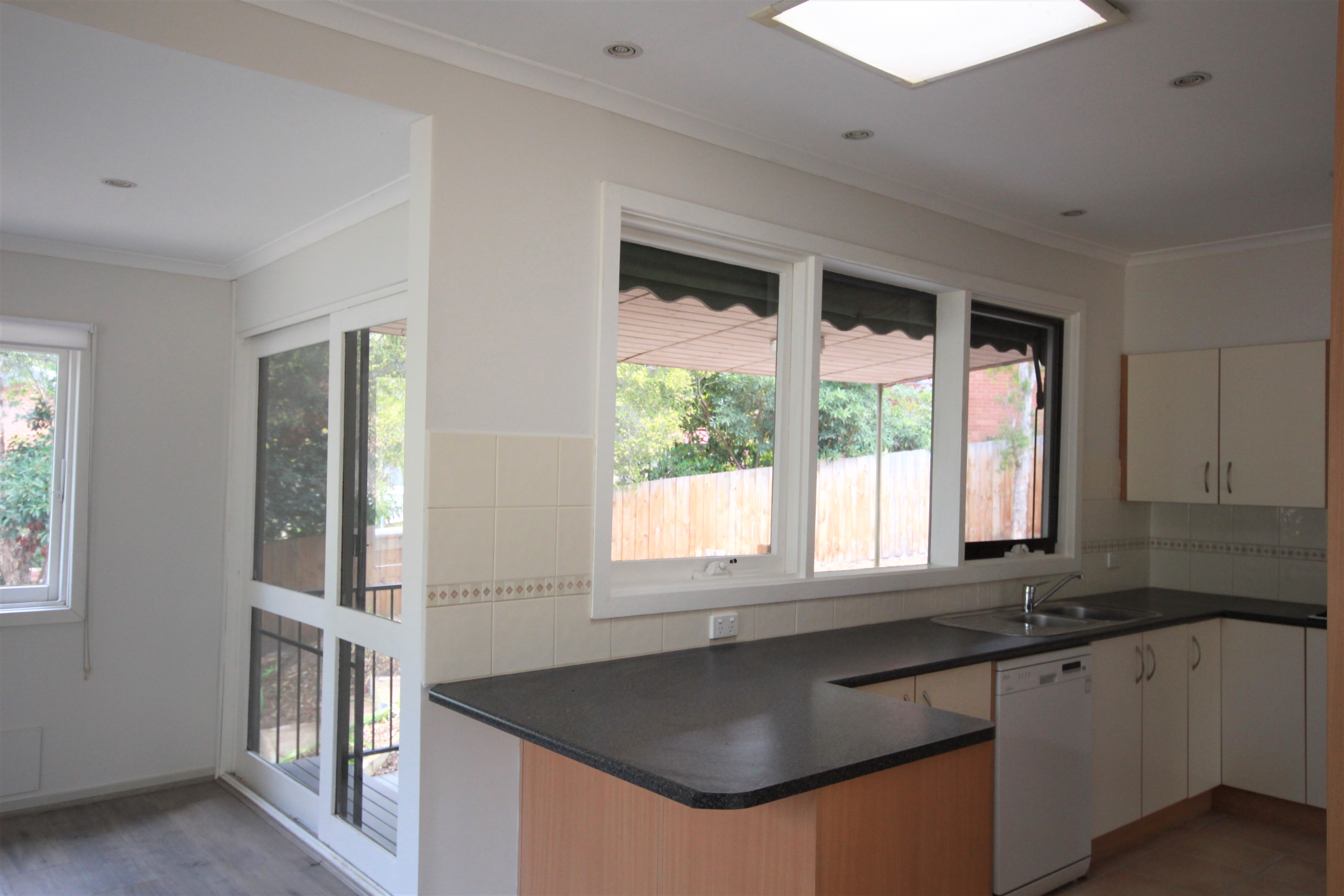 1 De Blonay Cres GREENSBOROUGH