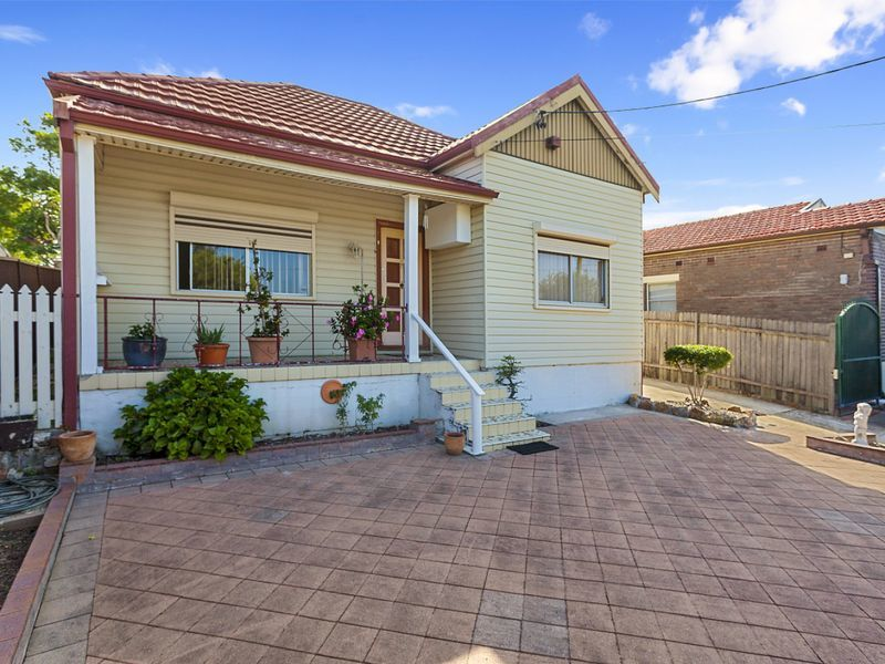 135 Bexley Road EARLWOOD