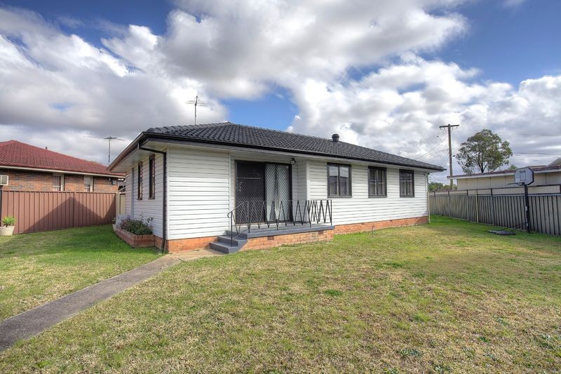 10 Isa Place CARTWRIGHT