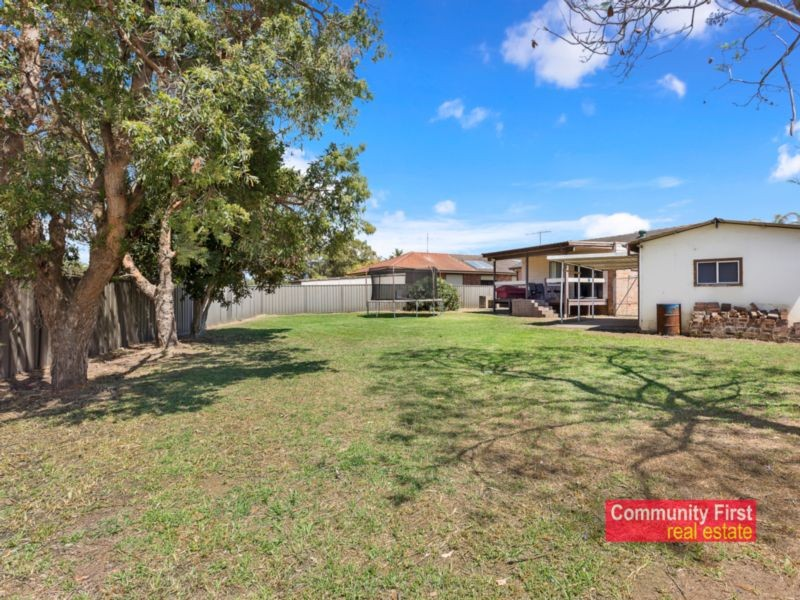 12 Eureka Crescent SADLEIR