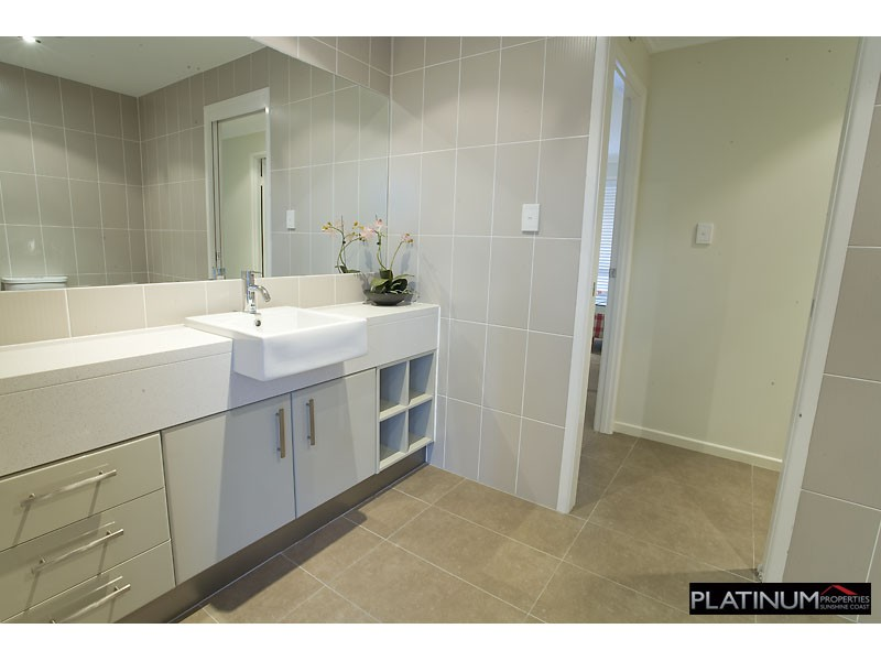 3 Columba Place PELICAN WATERS