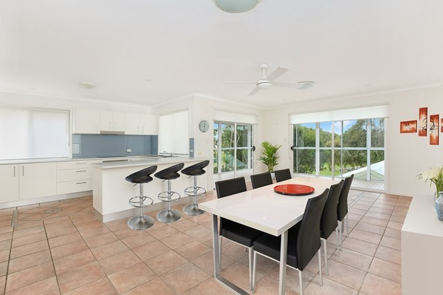 12 Coolum Street North DICKY BEACH