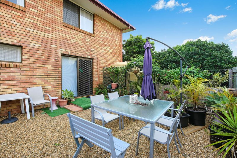 1 Oxley Street GOLDEN BEACH