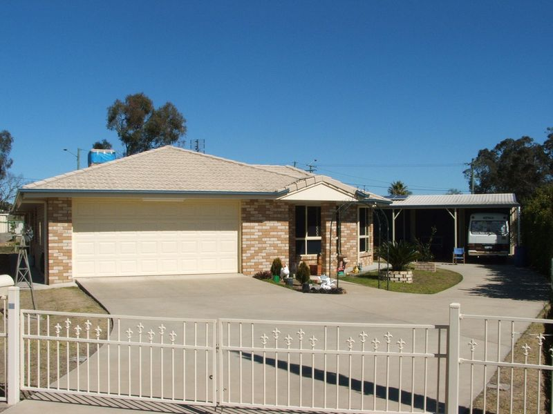 32 Doncaster Drive WARWICK
