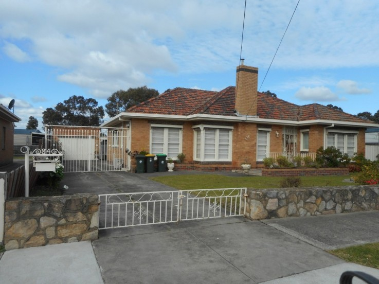 84 Waverley Parade