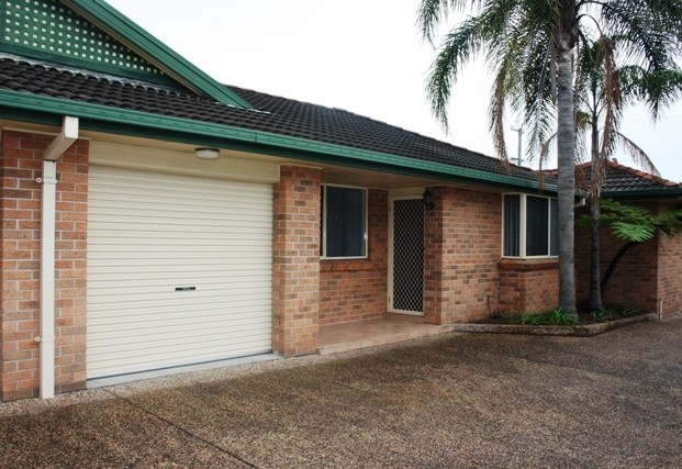 2/60 Russell Road