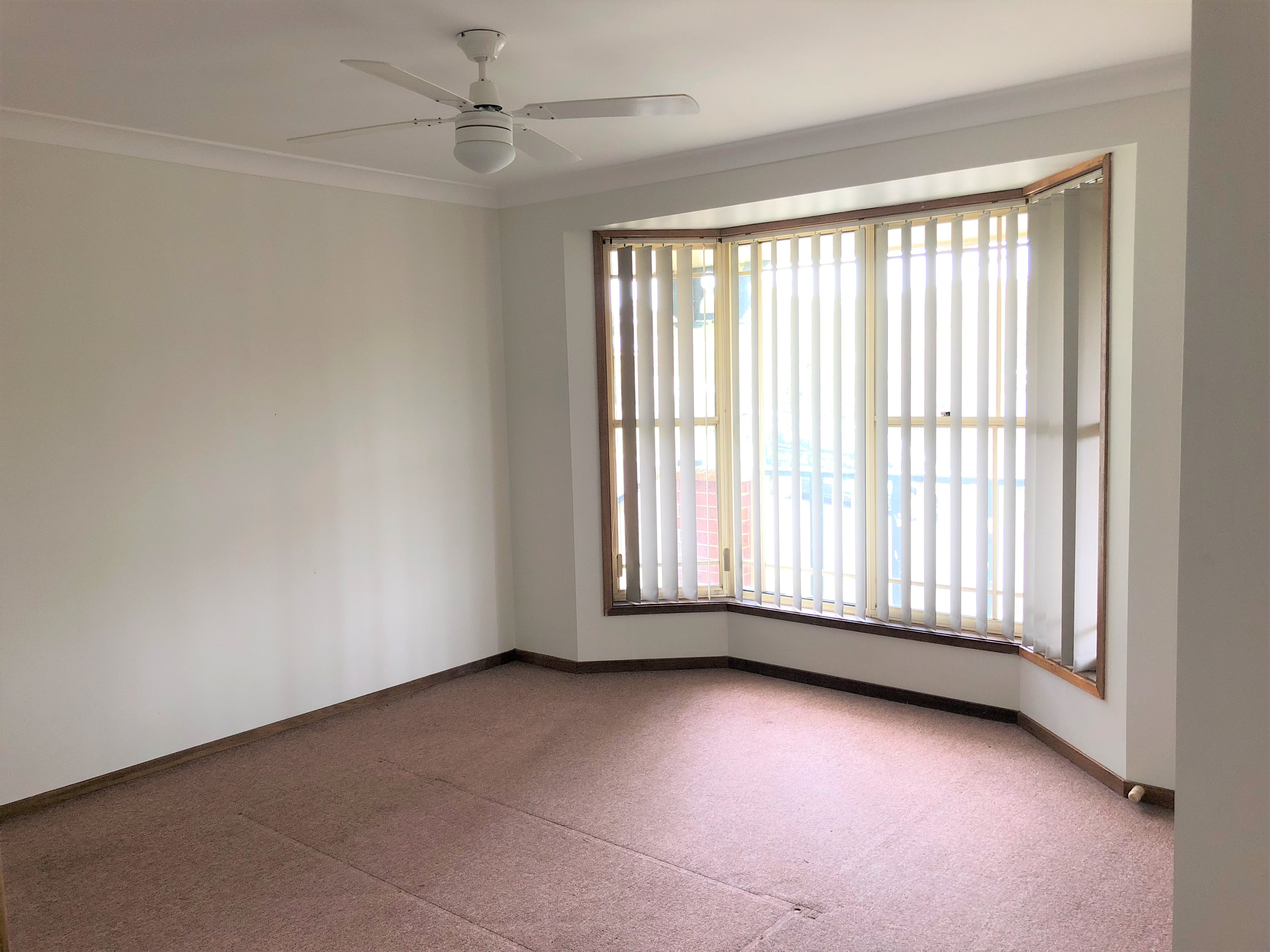 1/16 Bambara Close LAMBTON