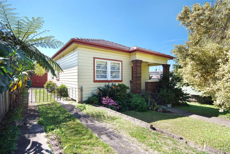 2 Vickers Street MAYFIELD WEST