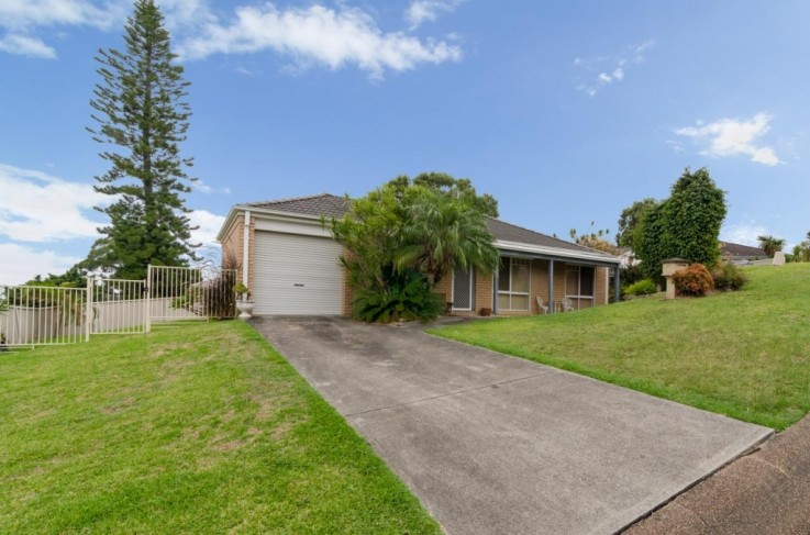 2 Canning Close