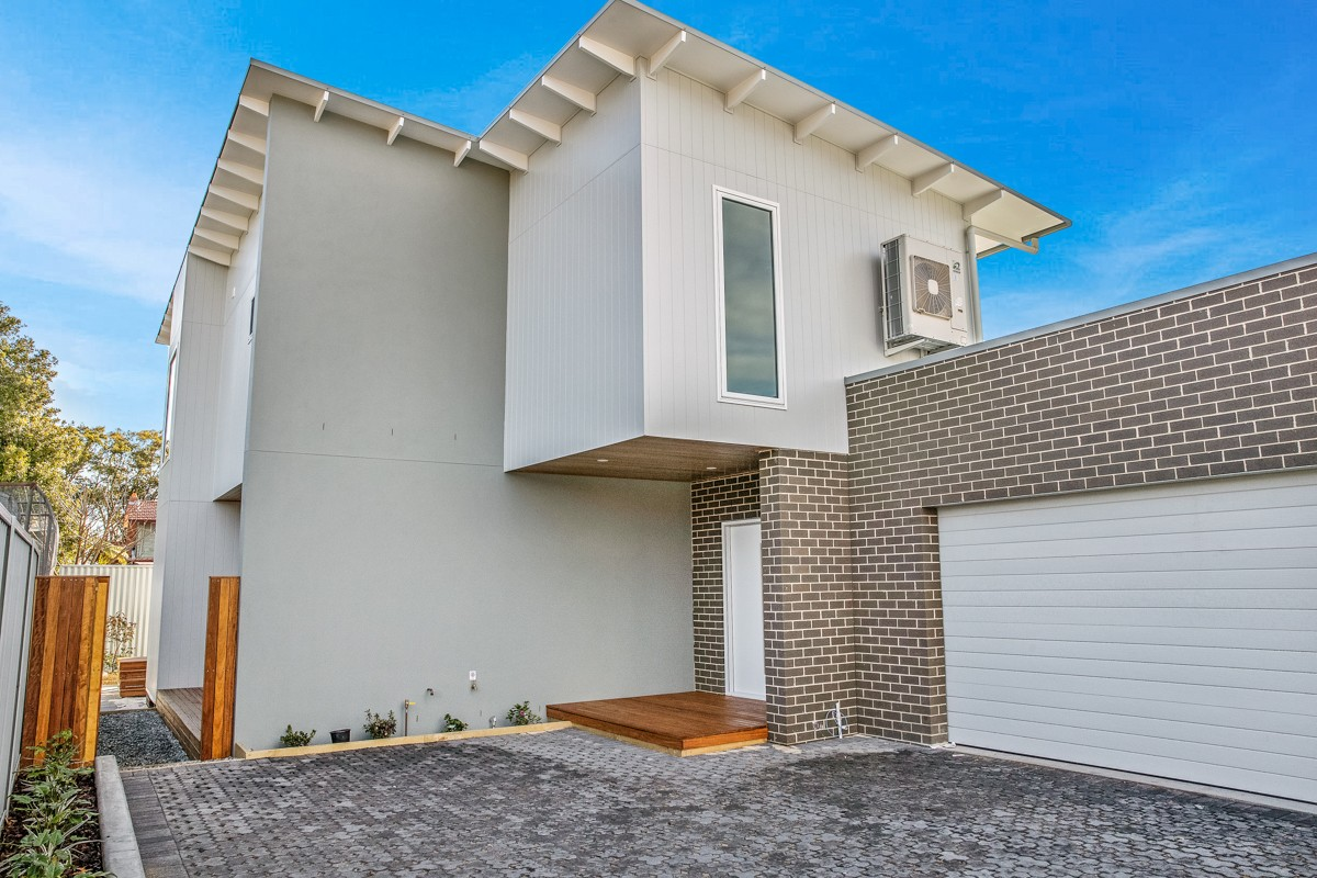 24A Newcastle Street HAMILTON NORTH