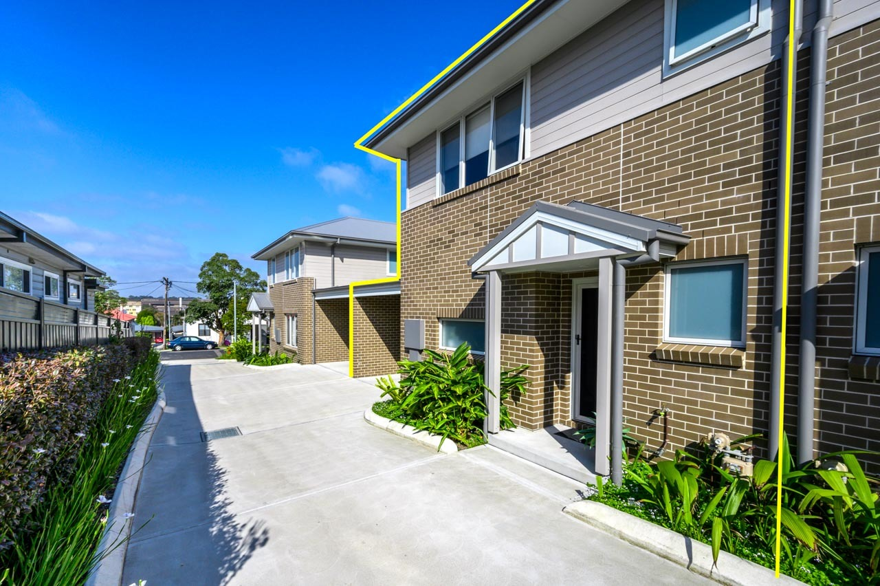 2/17 Buruda Street Mayfield West