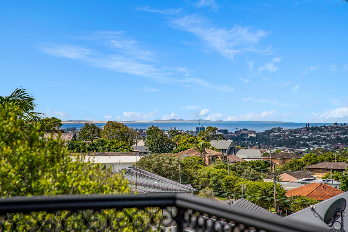 60 Sun Hill Drive MEREWETHER HEIGHTS