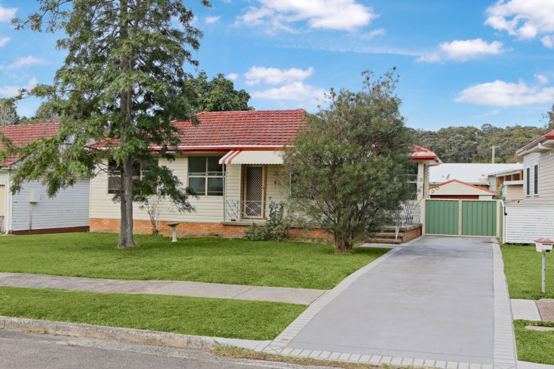 35 Corriston Crescent ADAMSTOWN HEIGHTS