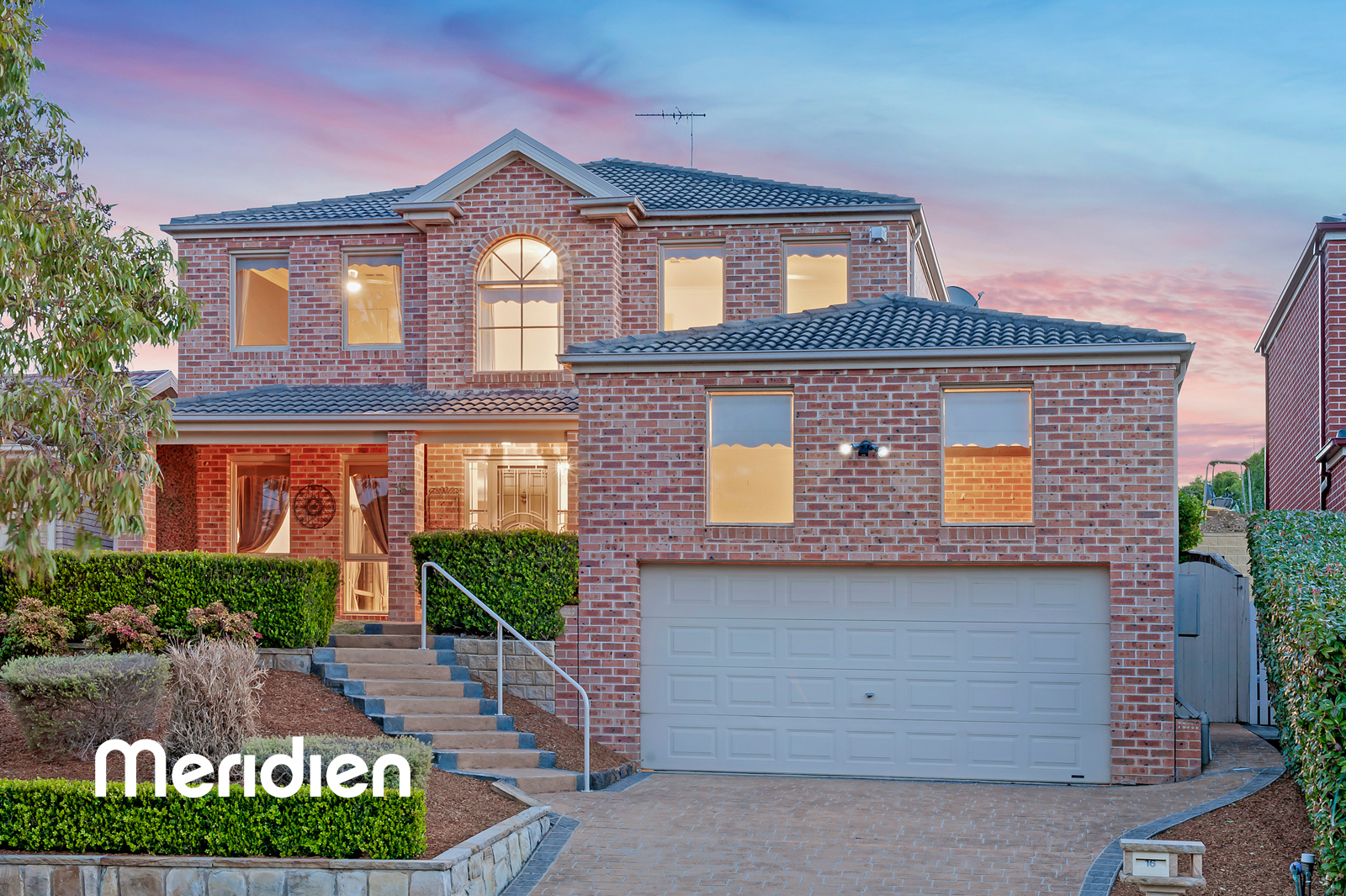 16 Knox Place ROUSE HILL