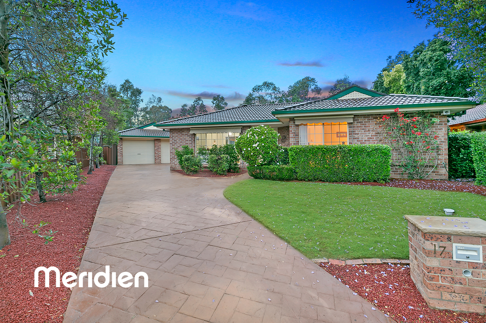 17 Ridgeview Place OAKHURST