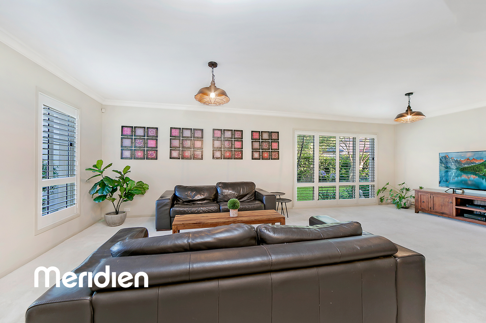 17 Claxton Circuit ROUSE HILL