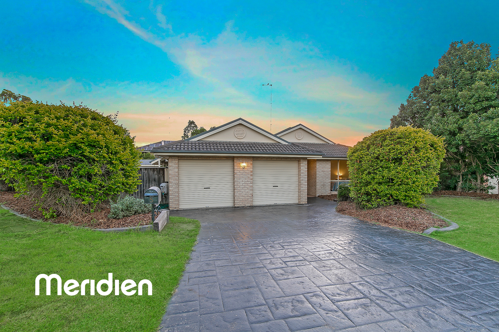 5 Barnes Place ROUSE HILL