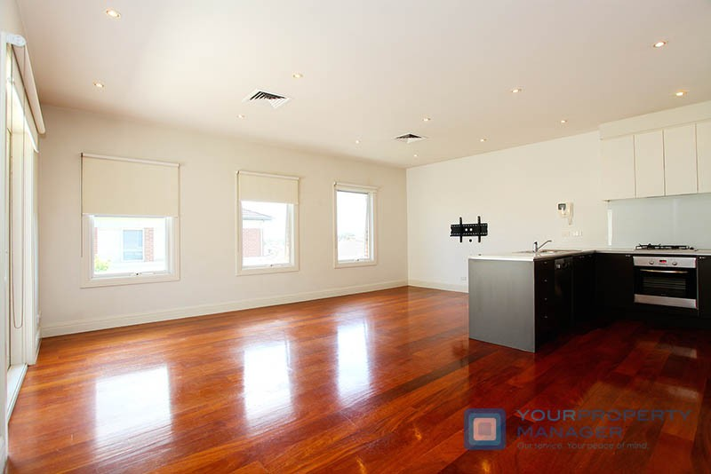 8/2-6 Younger Avenue CAULFIELD SOUTH