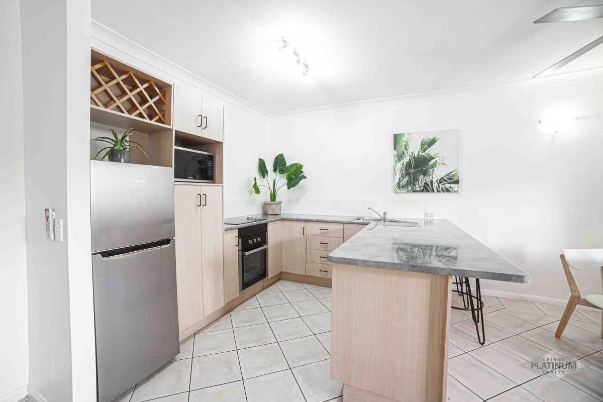 255 Lake Street Cairns North