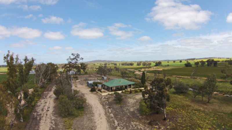 2706 BROOKTON-KWEDE ROAD BROOKTON