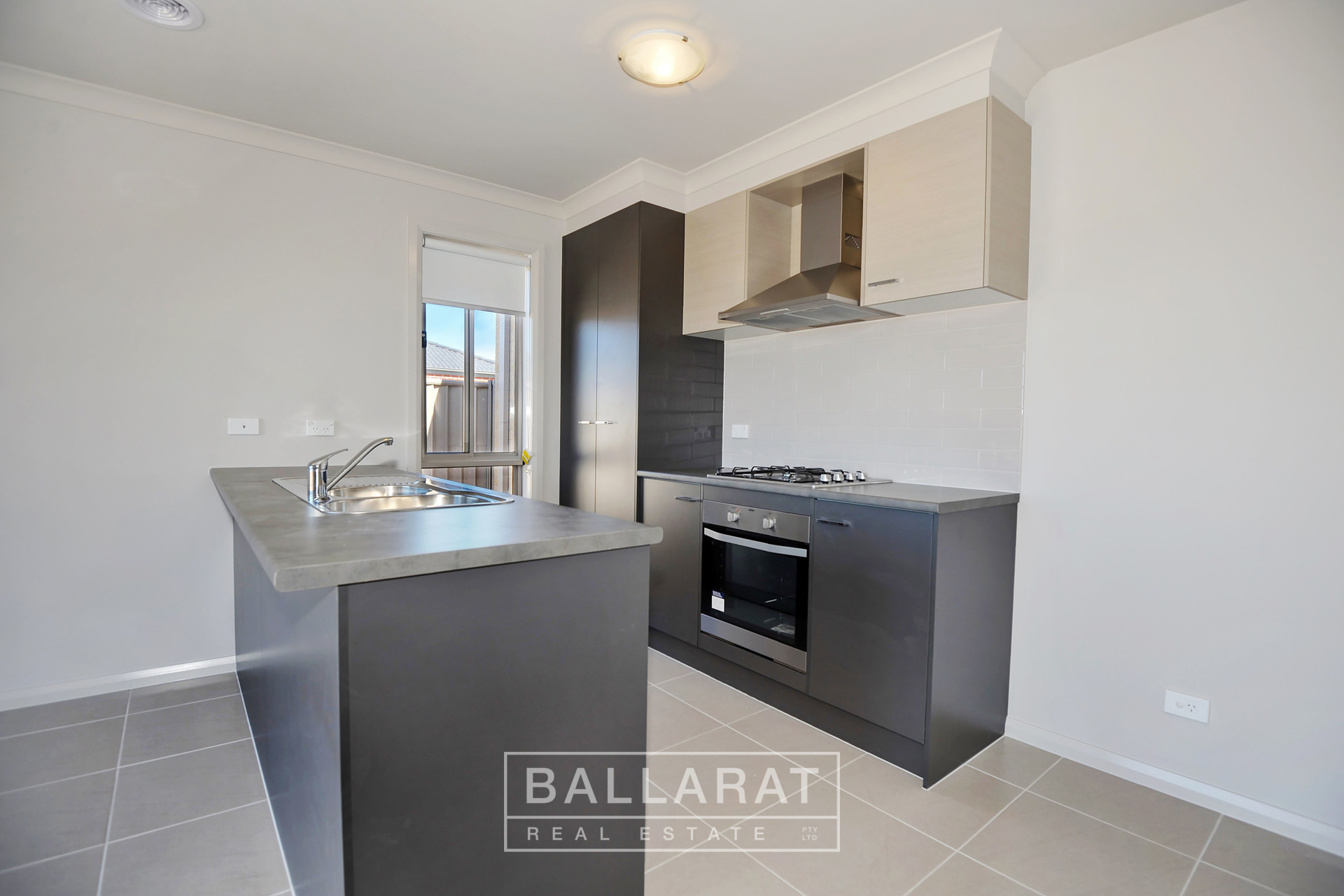 171 Ballarat-Carngham Road Winter Valley