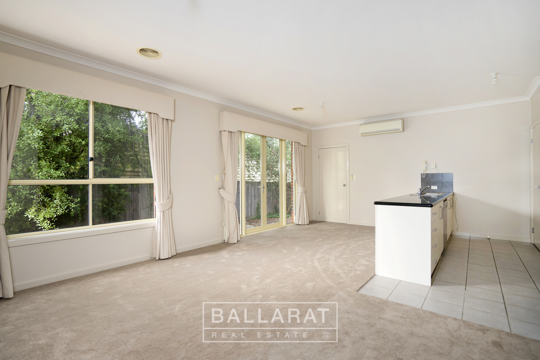 2/114-116 Drummond Street South Ballarat Central