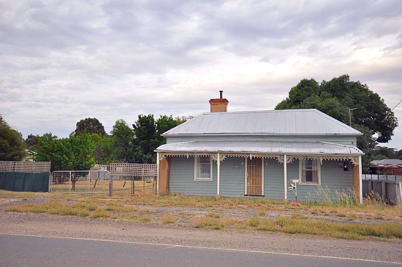228 Broadway DUNOLLY