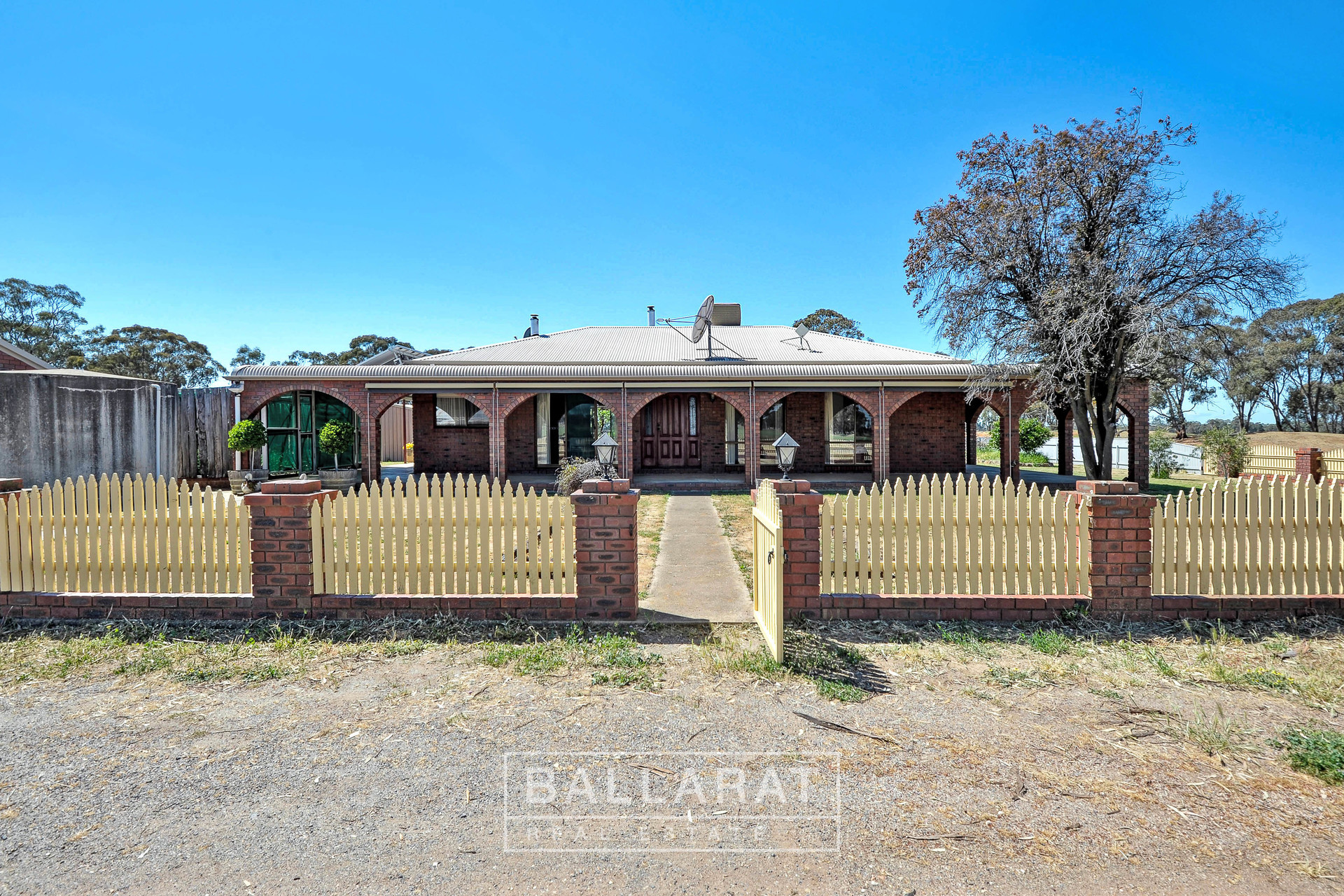 661 Middle Road Dunolly