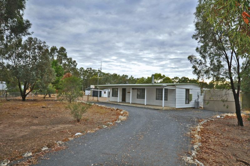 38 SEPARATION ROAD DUNOLLY