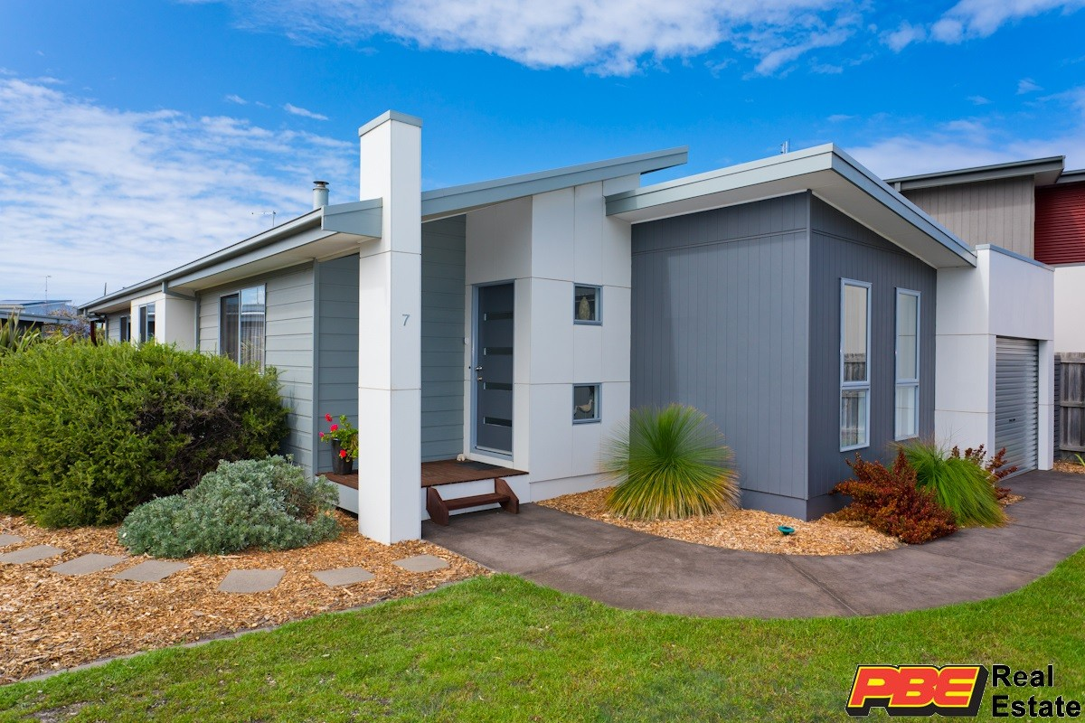 7 BLUE WATER CIRCLE CAPE PATERSON