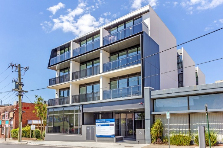 302/8 Ellingworth Pde