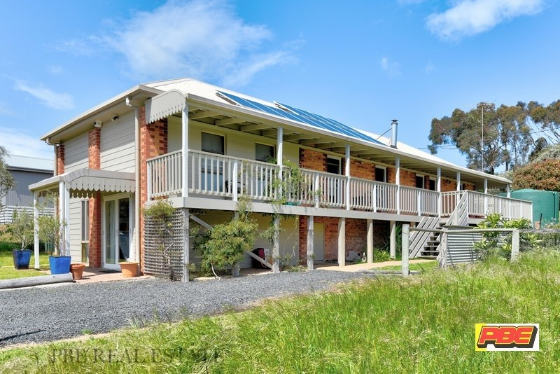 7 CANTERBURY ROAD VENUS BAY