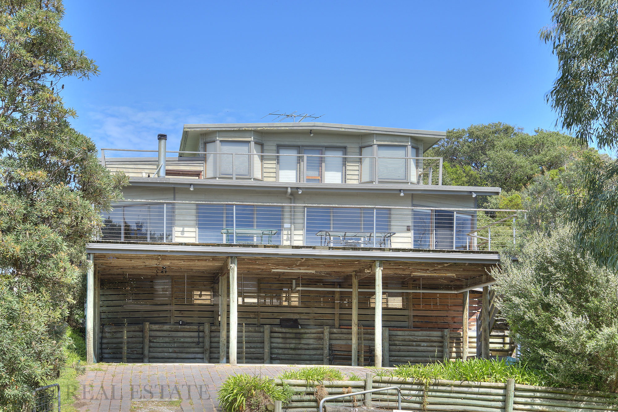 10 PARIS CRESCENT VENUS BAY