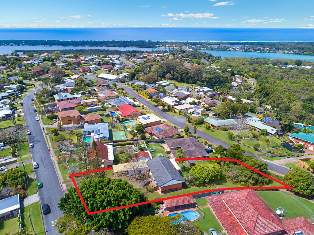 12 Oyster Point Road BANORA POINT