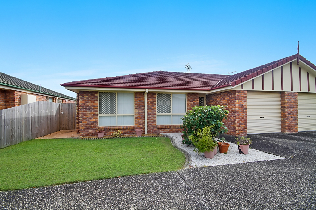 4/7 Advocate Place BANORA POINT